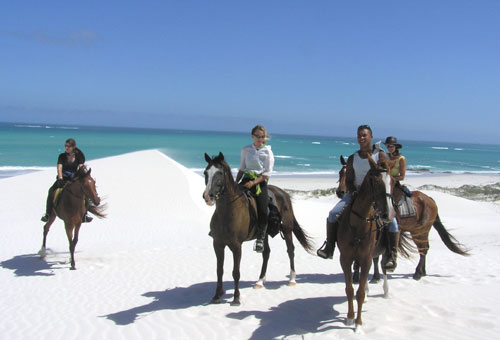 things-to-do-other-activities-dunes-riding.jpg