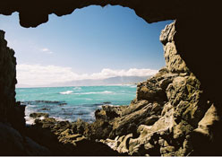 destination-top-attractions-walkerbay.jpg